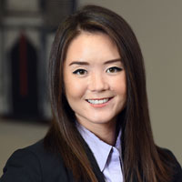 Headshot of Greensfelder attorney Jessica Courtway
